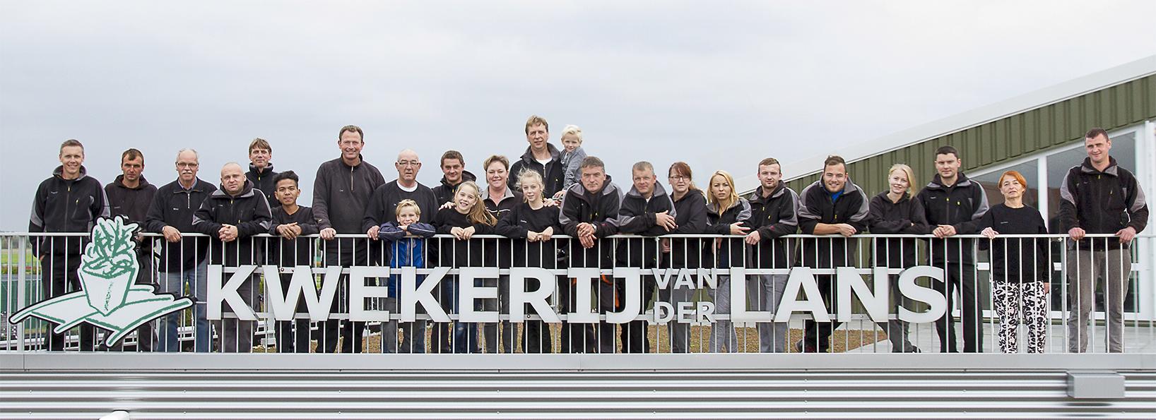 Gruppenfoto auf der Terrasse